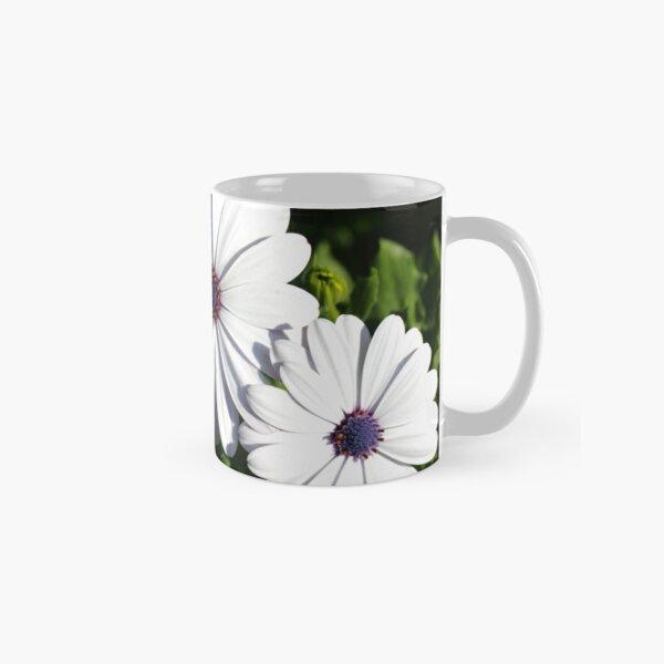 Purple and White Daisys Classic Mug