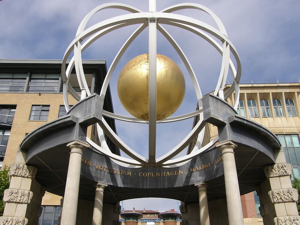 Globe Quayside by jay12