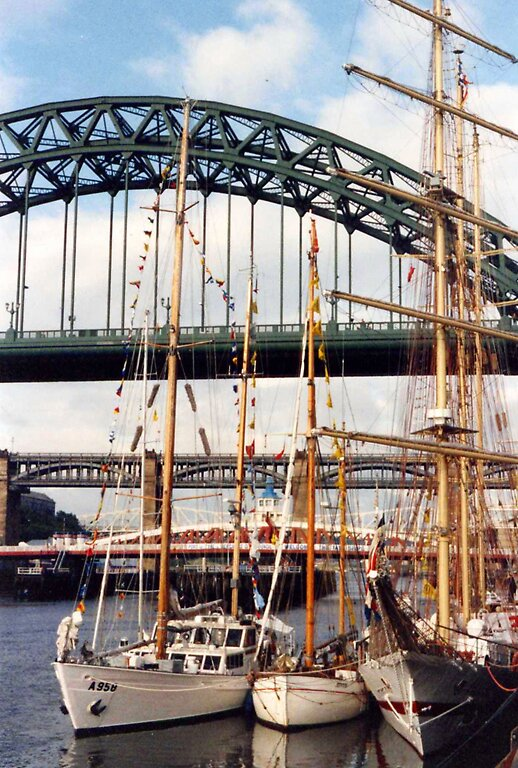 Tall Ships on the Tyne by jay12