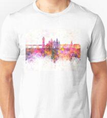 Huelva skyline in watercolor background Unisex T-Shirt