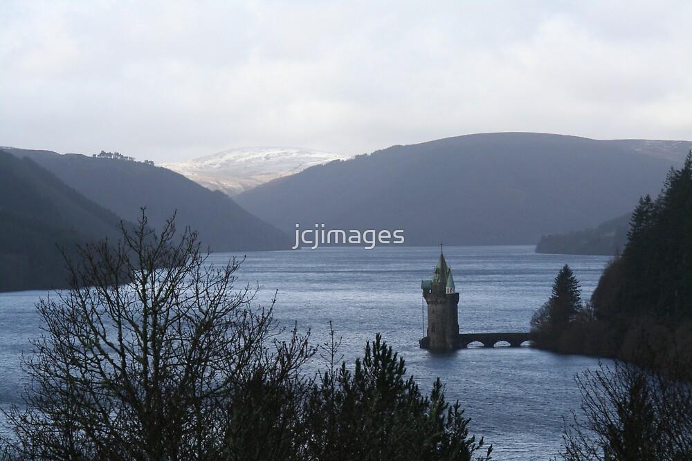 Lake Vyrnwy by jcjimages