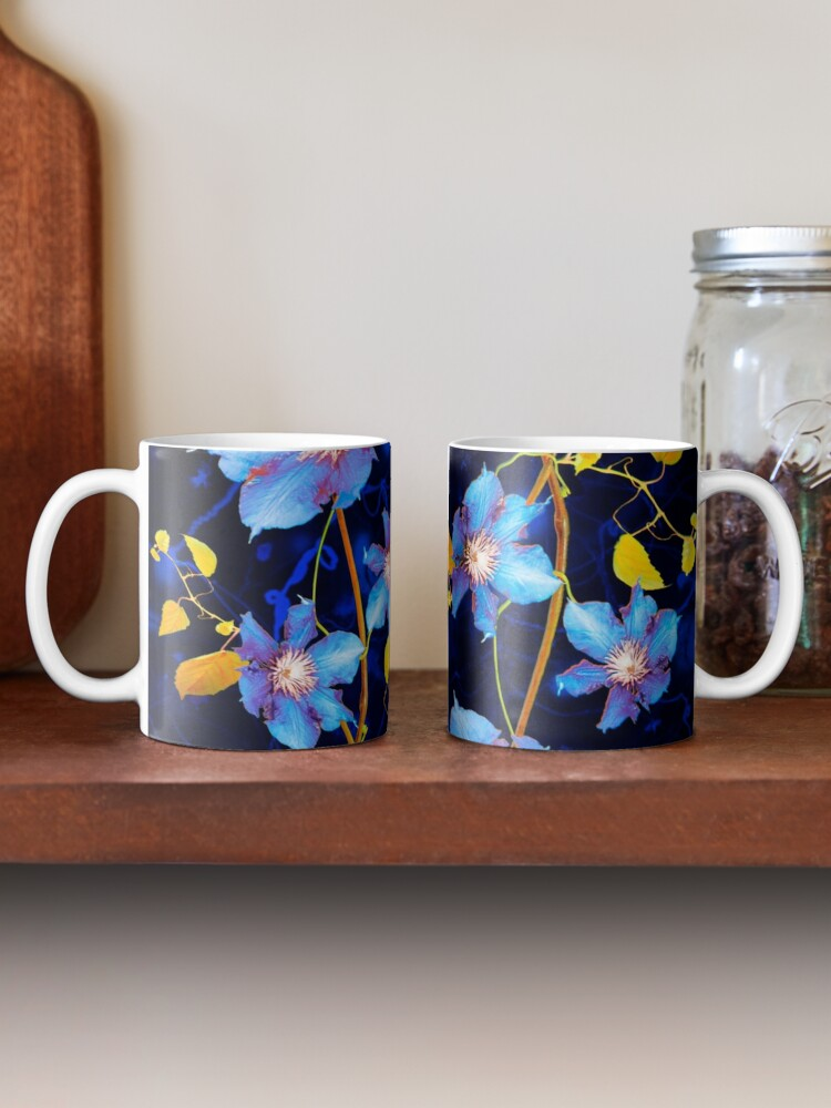 Alternate view of clématites/clematis Mug