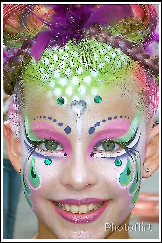 Young girl Face Painting by Photoflirt