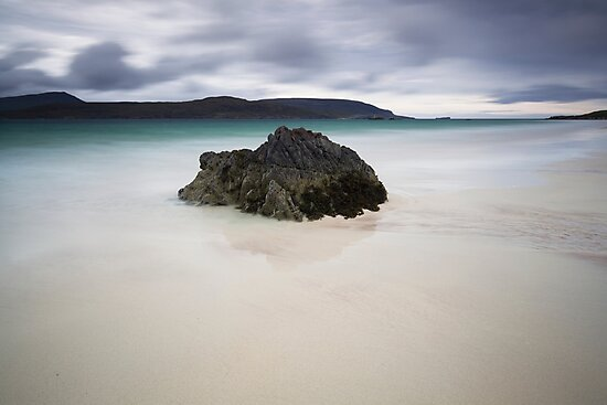 a mighty rock, balnakeil beach by codaimages