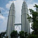 Petronas Towers by skaranec1981