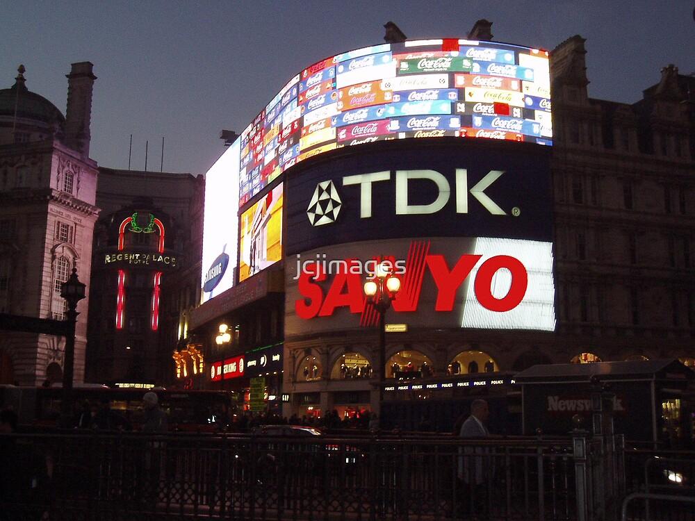 London Nights by jcjimages