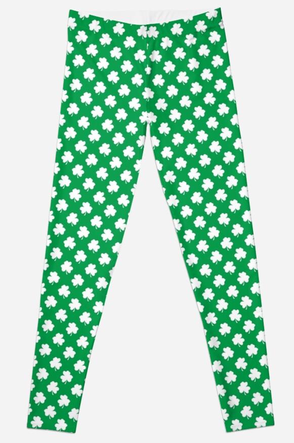 ef772356042809 White Shamrocks On Green St. Patrick's Day Ireland