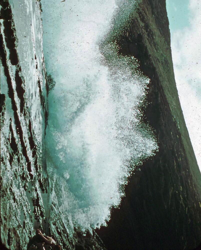 The violent sea by theoldman