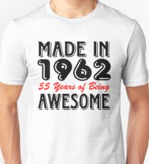 Made In 1962 55 Years of Being Awesome Unisex T-Shirt