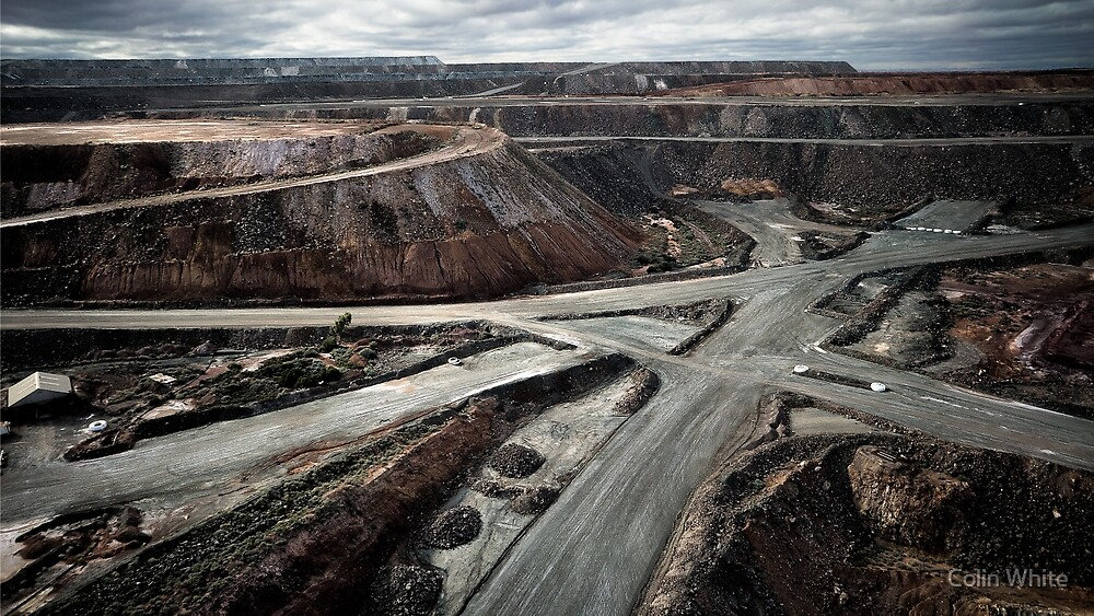 The Superpit goldmine at Kalgoorie - I (photo Dave Carter) by Colin White