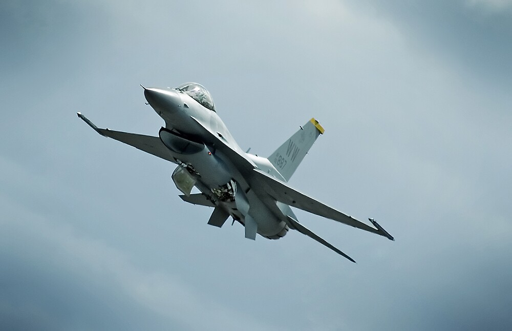 USAF F-16 by Nathan T