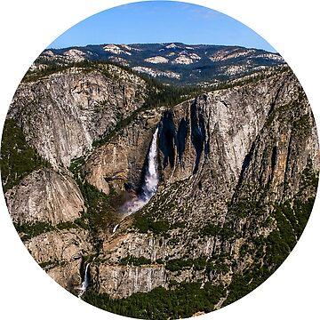 Sunny Day In Yosemite by rachelallison