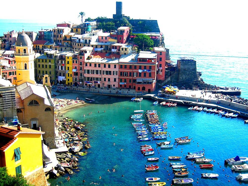 Vernazza, Cinque Terre by weesha