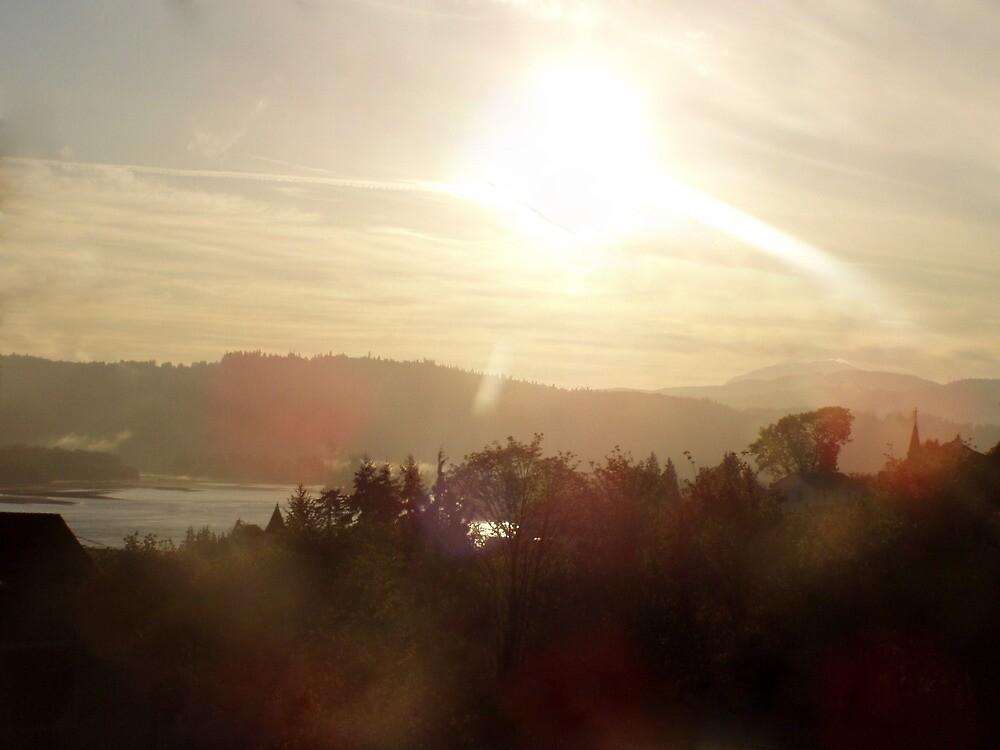 Sunrise over the Columbia River #19 by Dawna Morton