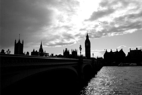 London, skyline 2 by giadabucciante