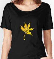 maple leaf Women's Relaxed Fit T-Shirt