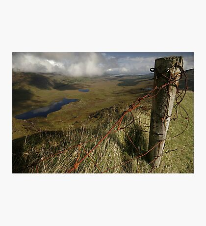 Rusty old fence at the Conor Pass Photographic Print