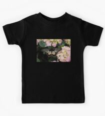The Enchantment of Butterflies - a Gorgeous Swallowtail Complementing the Hydrangeas  Kids Tee