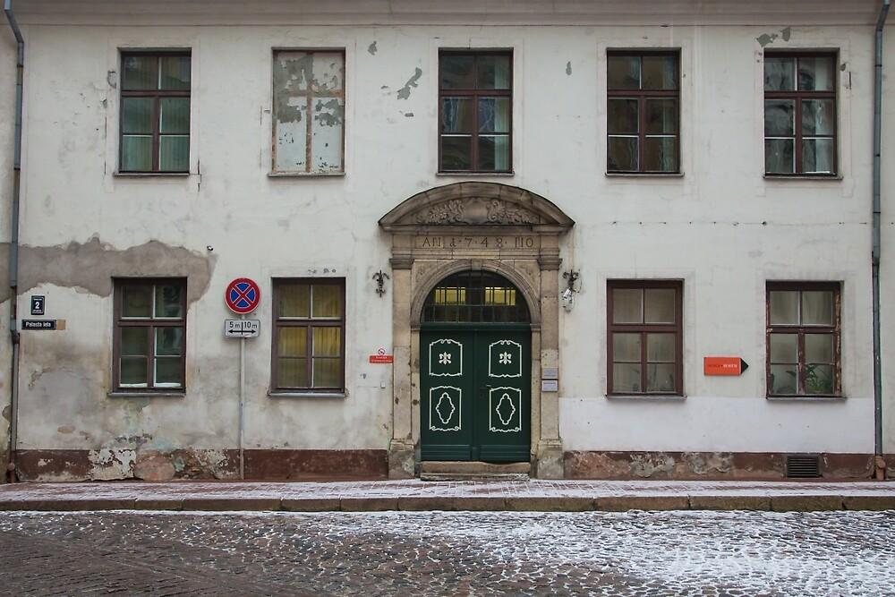 Riga Facade by Bernhard Schneider