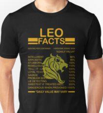 Leo facts T-Shirt