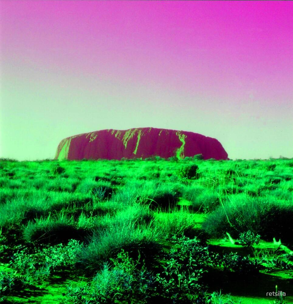 Uluru Dreaming by retsilla