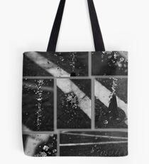 water: source of life Tote Bag
