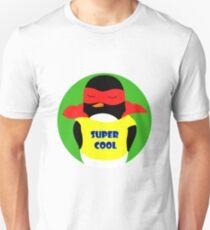 Pingüino super cool/ supercool penguin Unisex T-Shirt