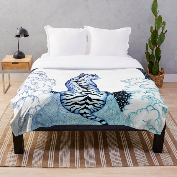 Ombre Tiger Moon Throw Blanket