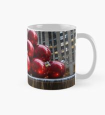 A Christmas Card from New York City – Radio City Music Hall and the Giant Red Balls Mug