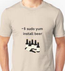Linux sudo yum install beer Unisex T-Shirt