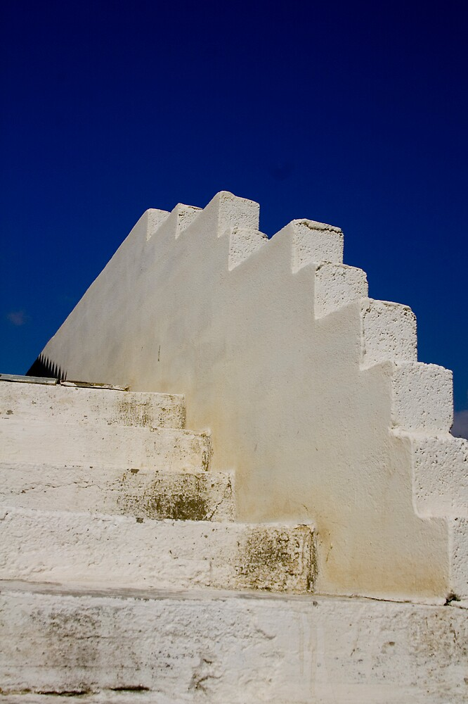 White steps by kevomanno