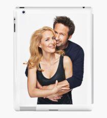 gillian anderson and David duchovny iPad Case/Skin