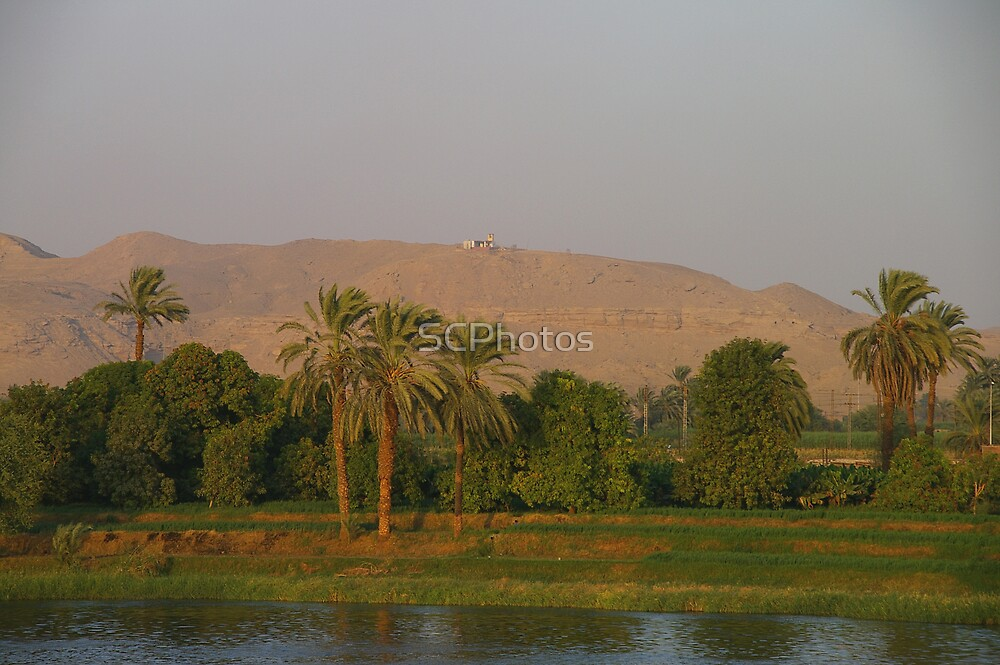 Luxor Sunset by SCPhotos