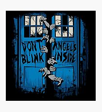 Doctor Who dont blink Photographic Print