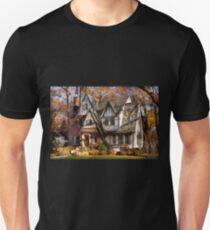 Autumn - Gnome home T-Shirt
