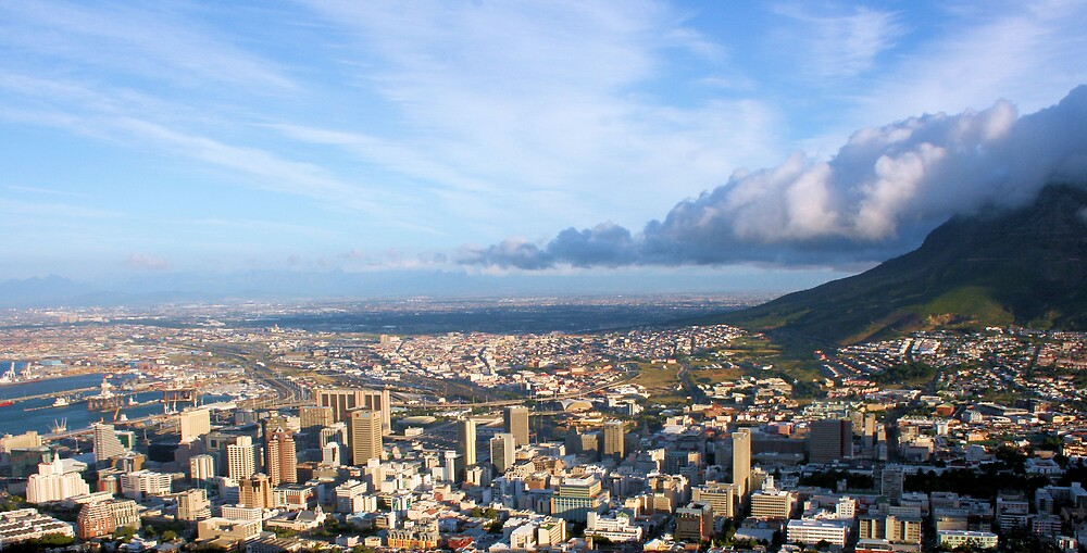 Clouds over Cape Town by Lize Foulds