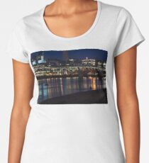 Strolling Down the Thames Riverbank Hand in Hand - Magical Night in London Women's Premium T-Shirt