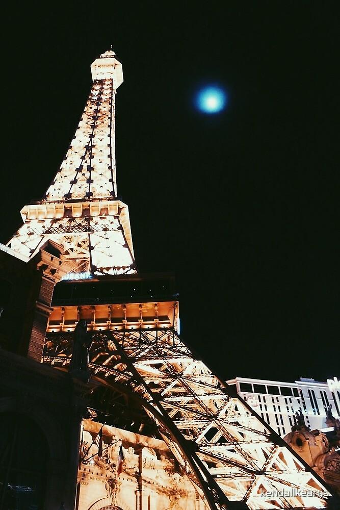 Eiffel Tower by kendallkearns
