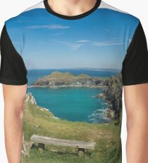 Pentire point and the rumps on the north Cormwall coast Graphic T-Shirt