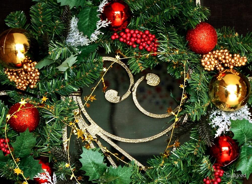 Christmas Wreath by Syllyred