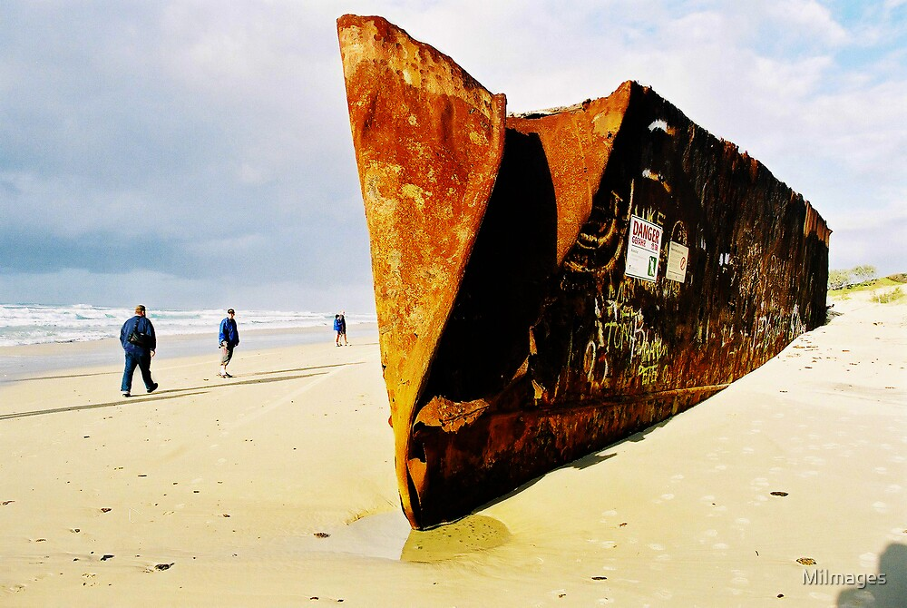 Wreck On Rainbow Beach Noosa by MiImages