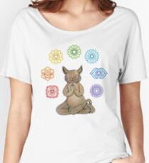 Yoga Cat with Chakras Camiseta ancha para mujer