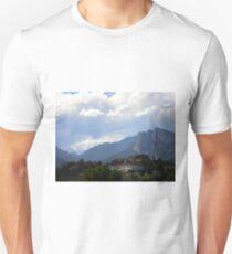 Stanley Hotel and Lumpy Ridge T-Shirt