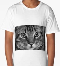 Black and White Cat Close-up Long T-Shirt