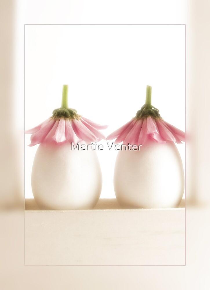 Sitting Pretty II by Martie Venter