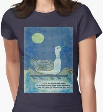 It is not illegal to seek asylum Women's Fitted T-Shirt