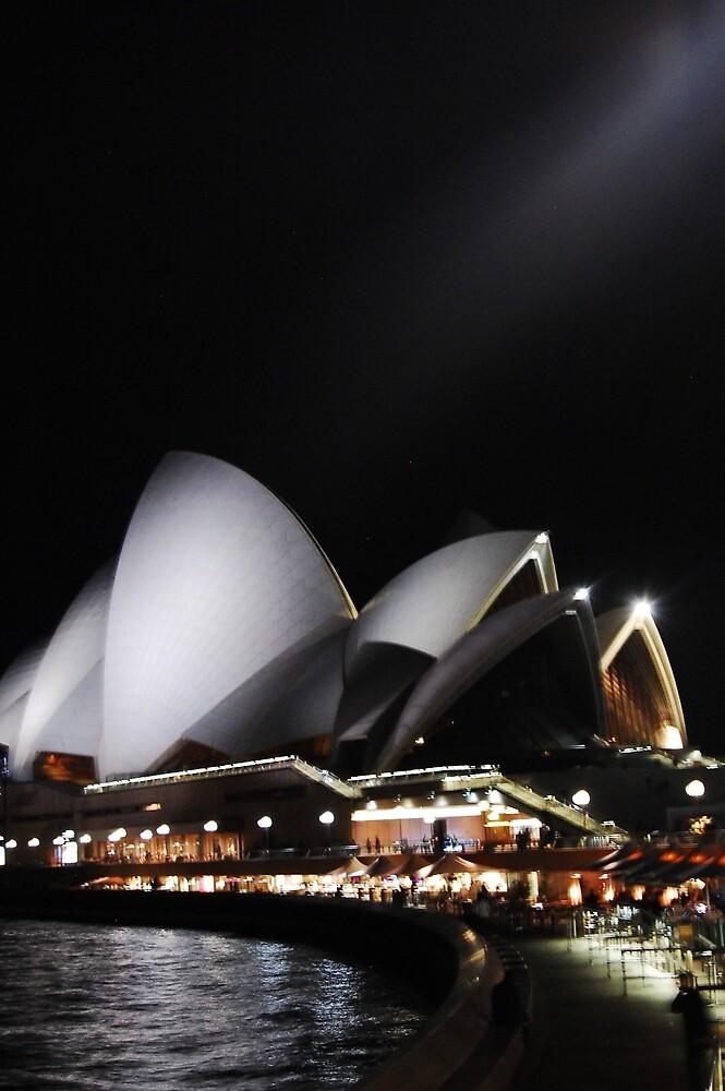 Sydney Opera House by jeremydwilliams
