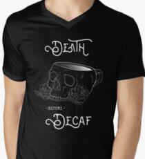 Tod vor Decaf Schädel-Becher T-Shirt mit V-Ausschnitt für Männer
