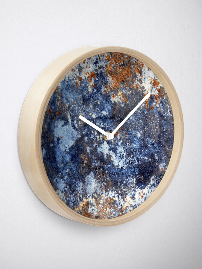 Alternate view of Muddy Blues Clock