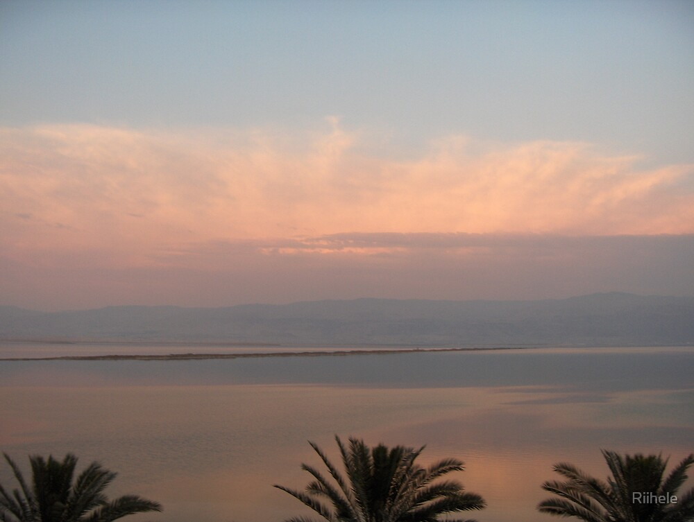 Sunset at  Dead Sea by Riihele